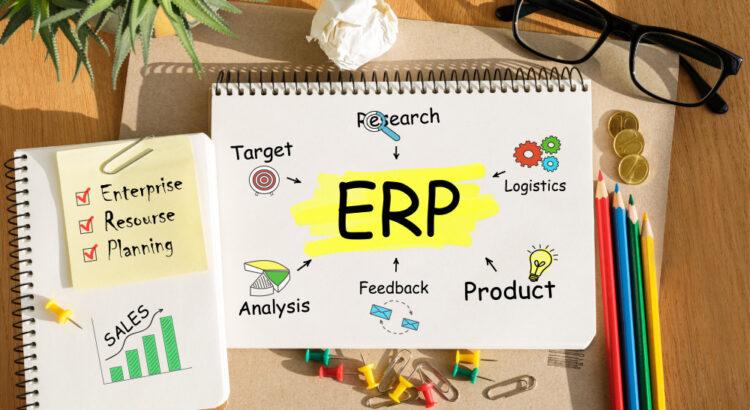 Imagem de um bloco de anotações com a sigla ERP
